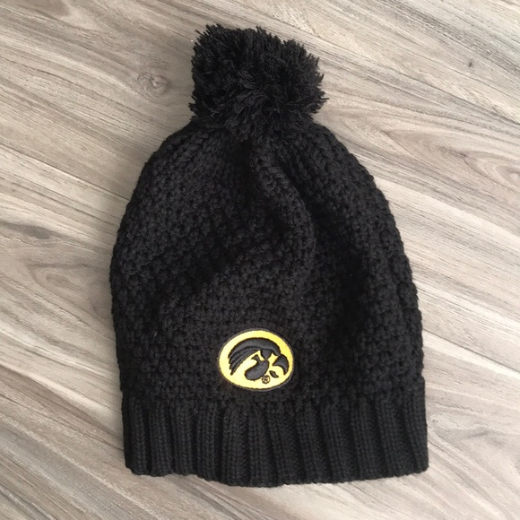 a67043e3 Accessories | Iowa Hawkeyes Knit Pom Hat | Poshmark